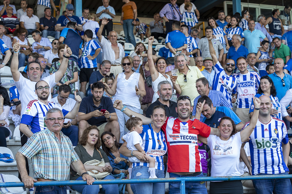 Final-Ponferradina-Hercules-Playoff-29-junio-2019-980_142