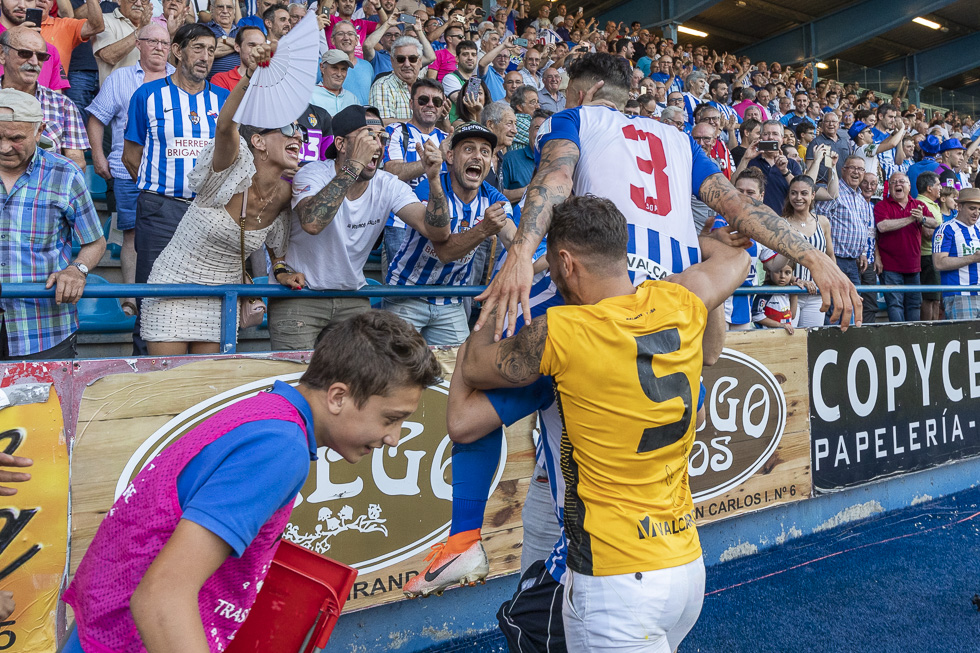 Final-Ponferradina-Hercules-Playoff-29-junio-2019-980_327