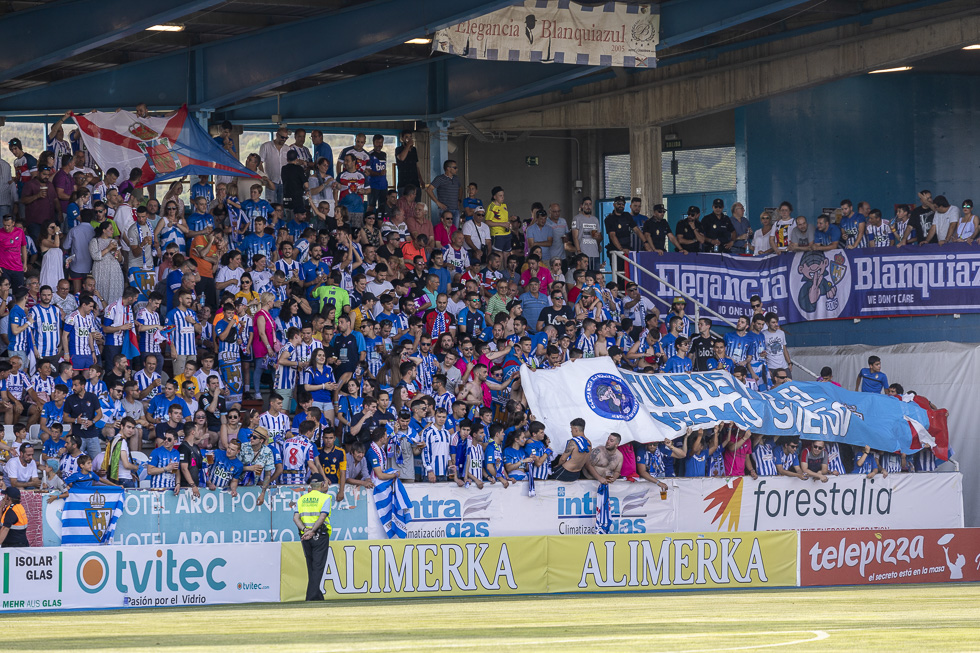 Final-Ponferradina-Hercules-Playoff-29-junio-2019-980_55
