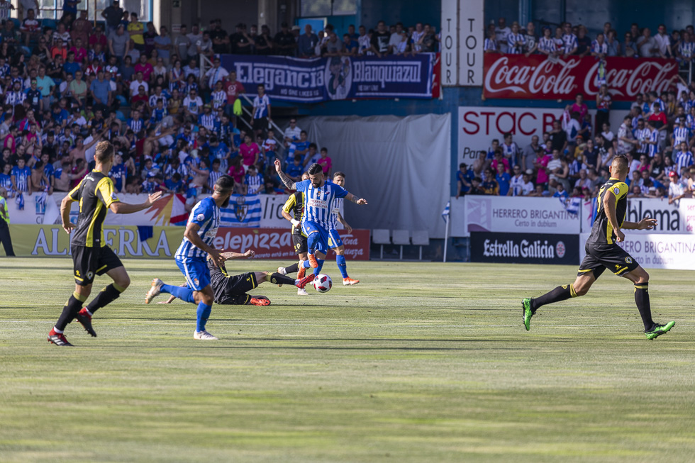 Final-Ponferradina-Hercules-Playoff-29-junio-2019-980_94